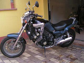 YAMAHA FZX 750 (2JE)
