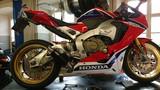 Honda Fireblade S...